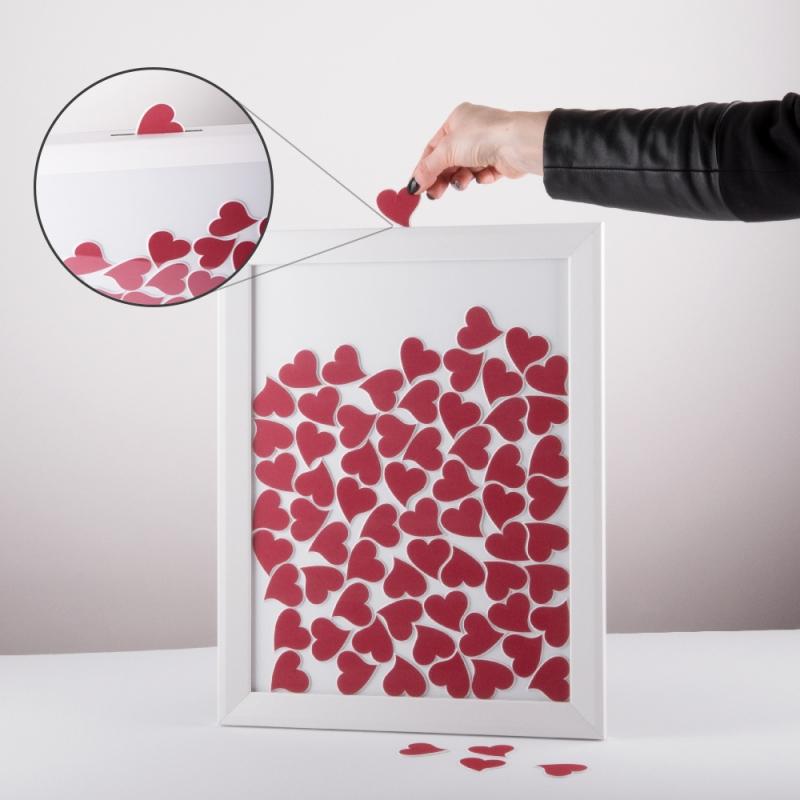 Gästebuch Bilderrahmen in 30x40cm mit geschwungenen Herzen in ve